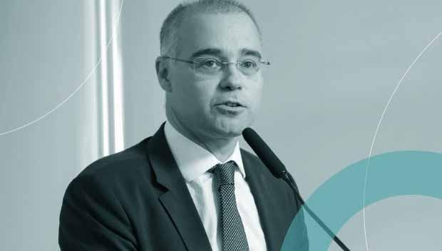 Urgente: Bolsonaro tem obstrução intestinal e será levado a SP, diz site