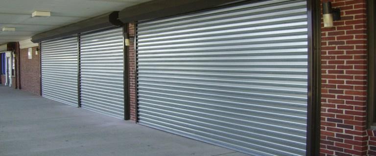 Colocação de porta de enrolar automática em Piracicaba