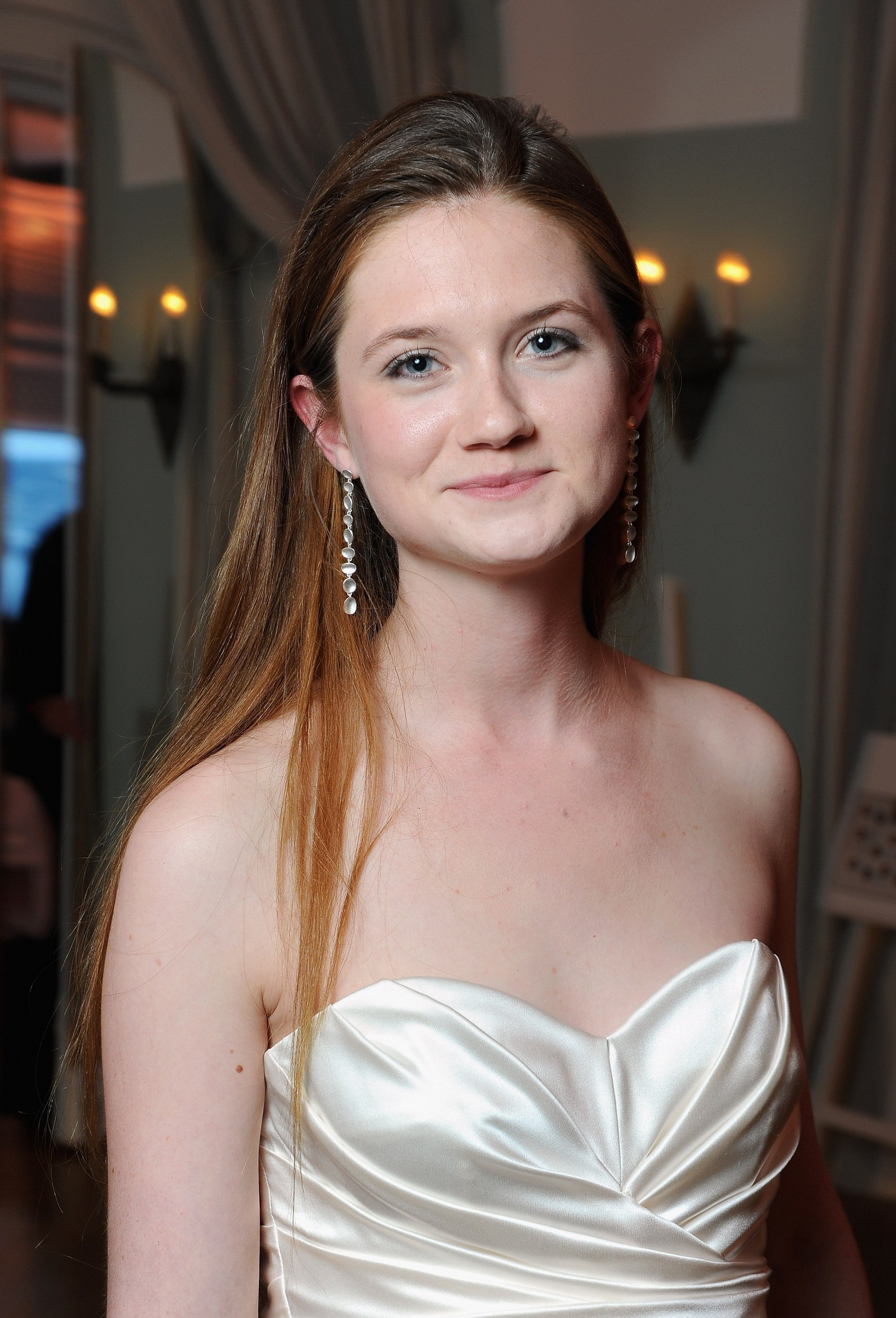 Bonnie Wright Nude Photos 52