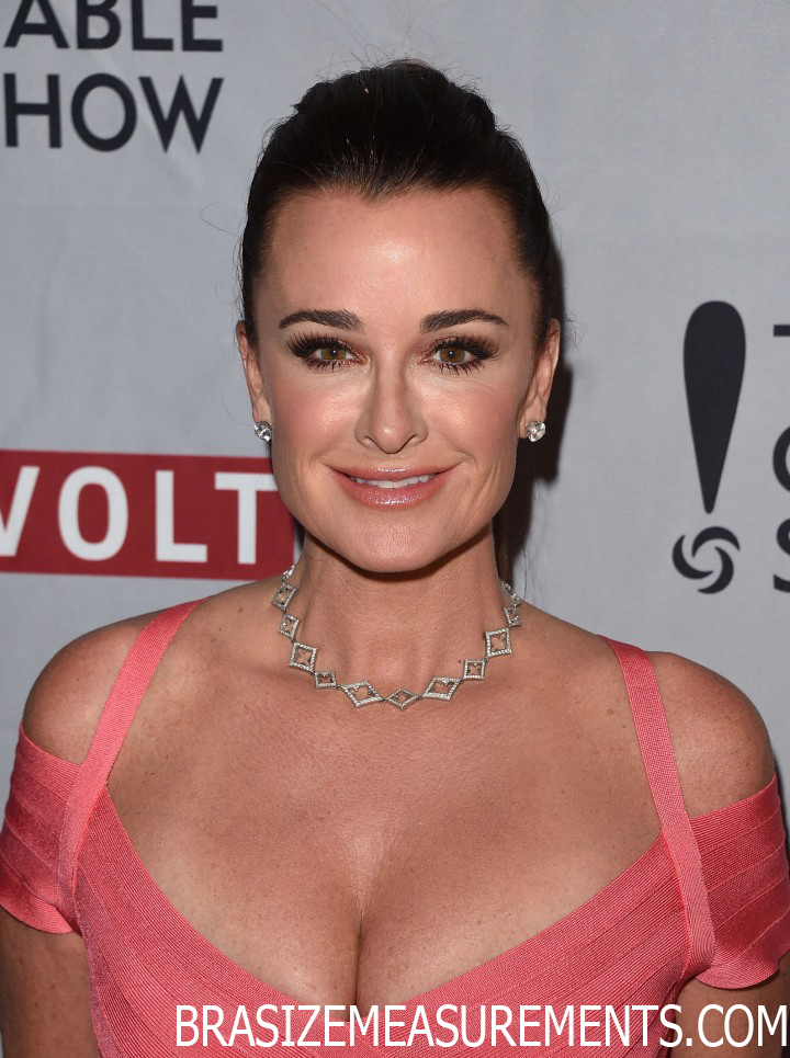 Kyle Richards Bra Size