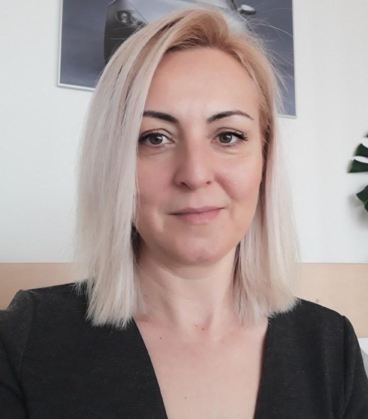 Alina Bonis