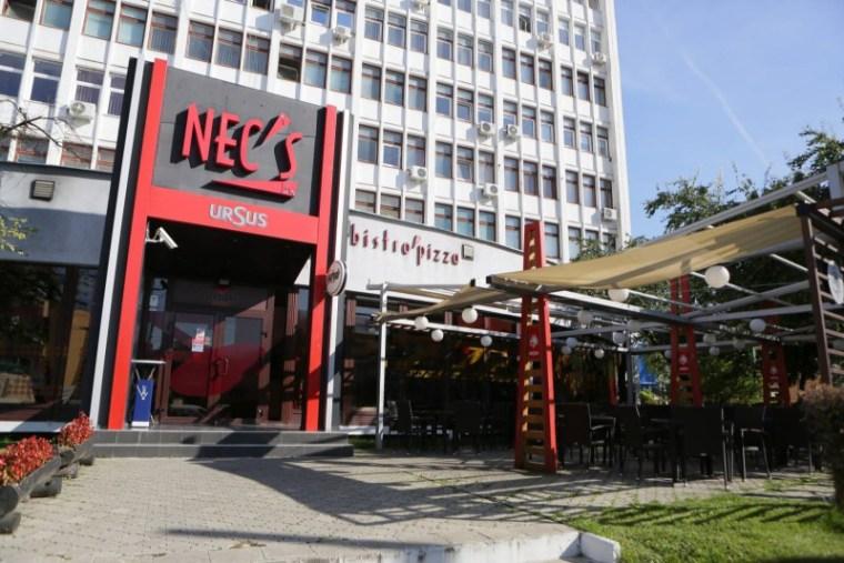 terasa-cu-vedere-spre-bulevard-necs-top-restaurante-brasov-1