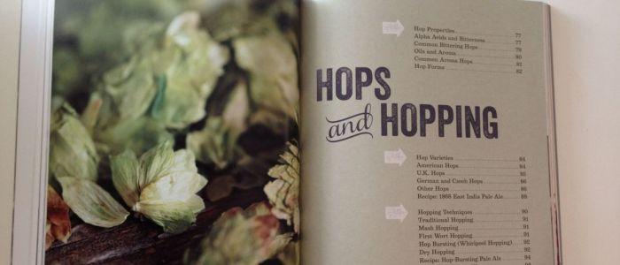 Voici un petit aperçu de la page de garde du chapitre sur le houblon et le houblonnage, sympathique n'est-ce pas ?