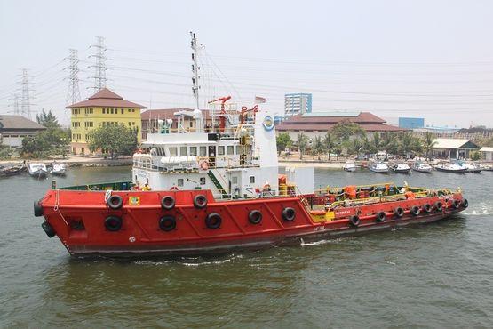 41.25m Bollard Pull Anchor Handling Utility Tug-6