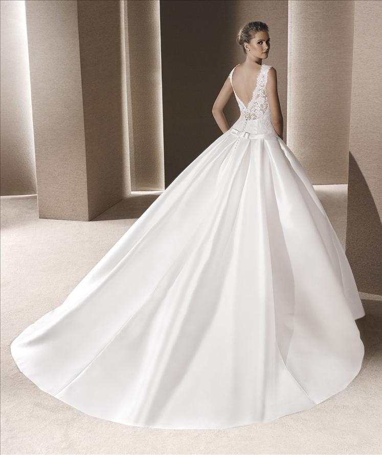 SIEGBURG ADORNIA BRAUTMODEN  La Sposa vestidos de novia exklusive spanische Brautmode mit