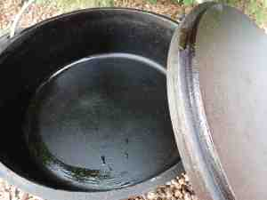camp dutch oven cooking