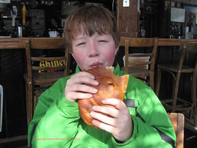mount crested butte bakery brown labrador pub