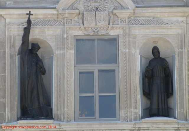 parliament building québec