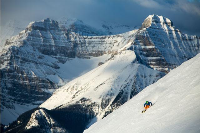 ski snowboard lake louise ski resort