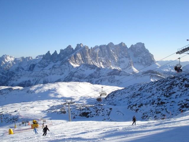 dolomite skiing