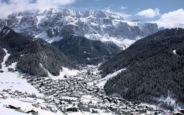 beautiful ski selva italy