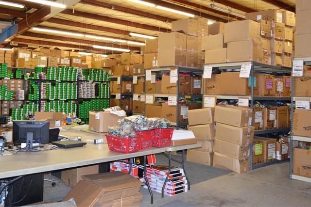 warehouse winterkids