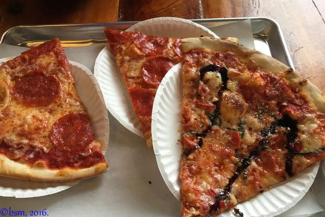 pow mow pizza