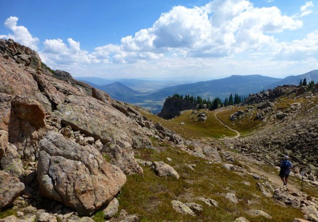 hiking crested butte trail