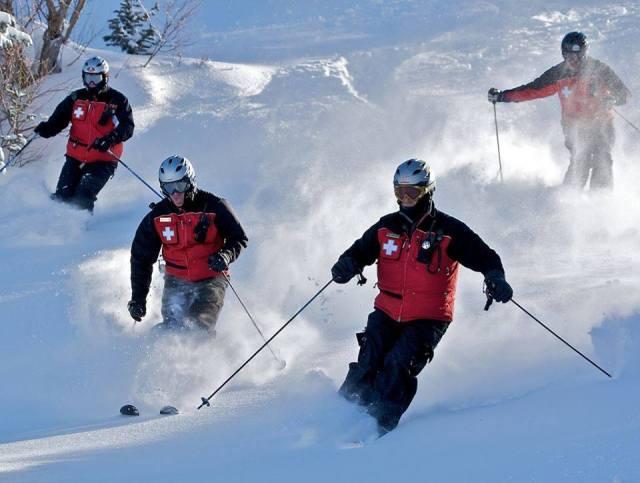 phoenix mountain ski patrol