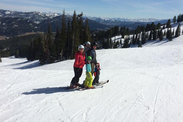 amelia mayer skiing