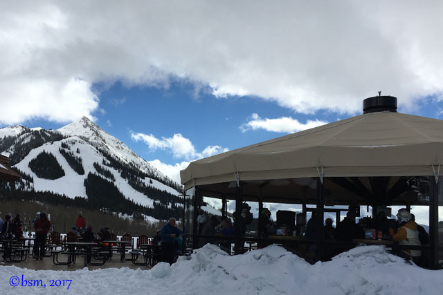 umbrella bar crested butte