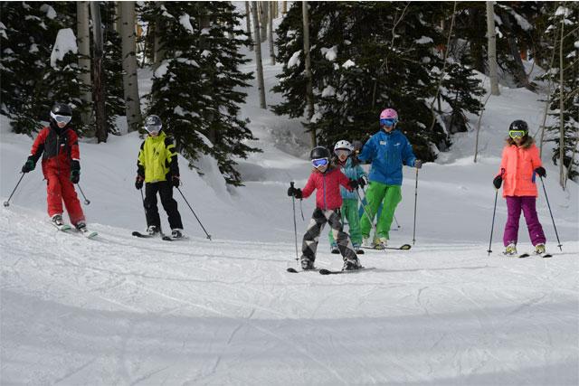 steamboat kids skiing