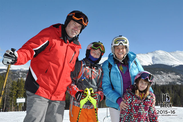 a family skiing at breckenridge colorado