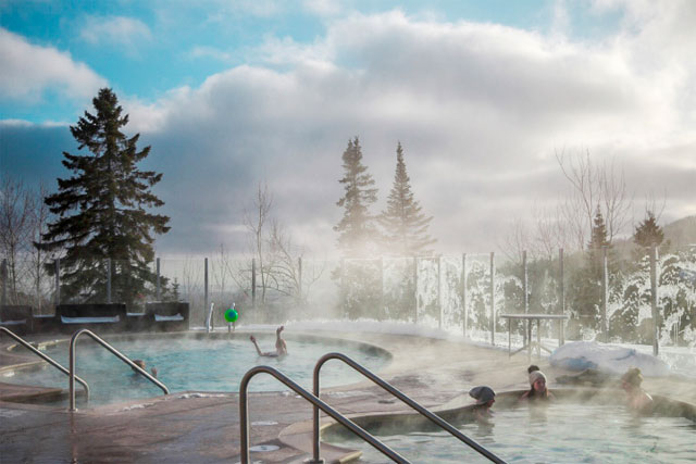 eagle-ridge-lodge-pool-lutsen-mountains