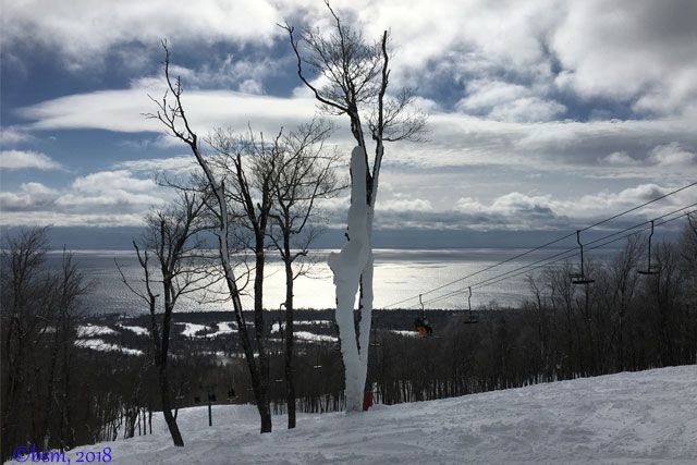 lutsen-mountains-skiing-into-lake-superior