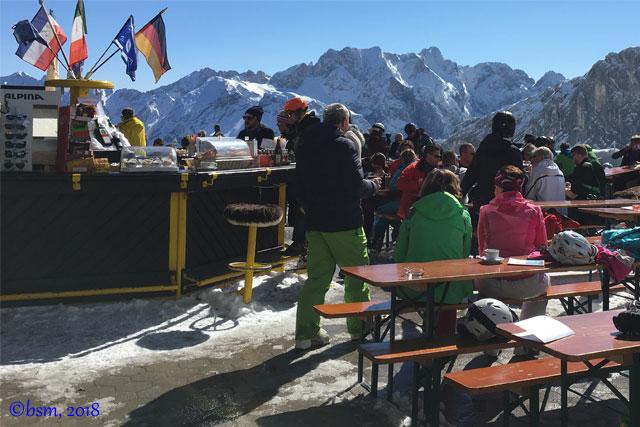 spring skiing and apres ski garmisch