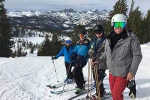 backside-skiing-mammoth-mountain