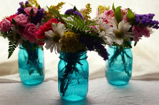 Mason Jar Centerpieces - 9 Ideas