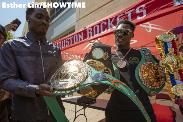 0003_Charlo_Twins_with_Belts