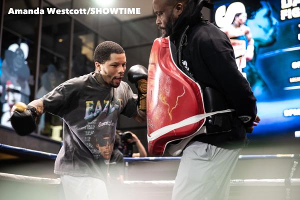 SHO-Davis-Barrios-PPV-Atlanta-Work-Out-WESTCOTT-037