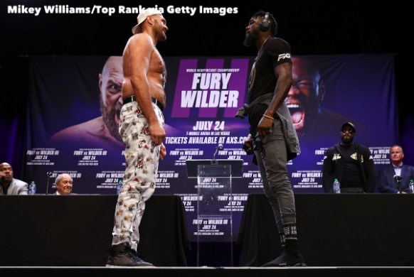 Tyson_Fury_vs_Deontay_Wilder_wide_faceoff