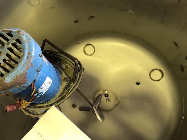撹拌器ブラケット 製作