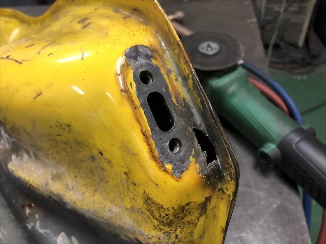 スズキRH250 燃料タンク修理