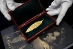 當年嫌太重摘下 拿破崙桂冠上黃金月桂葉2千萬落槌