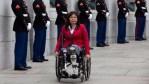 無腿女華裔 將成首名任內產子參議員