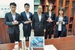 研發變色玻璃 吳知易8年獲15獎