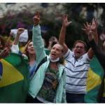 巴西社會已瀕臨崩潰!貧民窟疫情爆發後,警察竟向民眾舉起屠刀