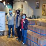 聖保羅華人教會捐贈食物籃給弱勢族群