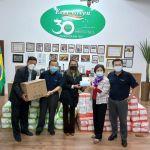 世華總會副總會長洪呂麗月伉儷捐贈醫療口罩尿布給聖貝爾納多杜坎普市政府