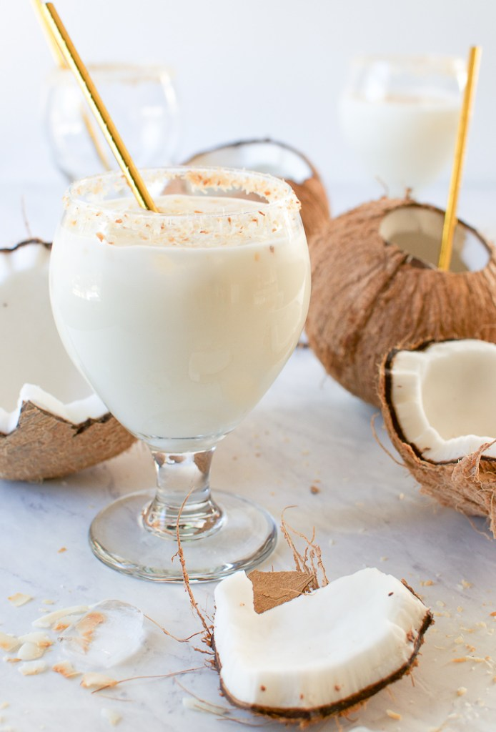Batida de coco - Brazilian Coconut Cocktail