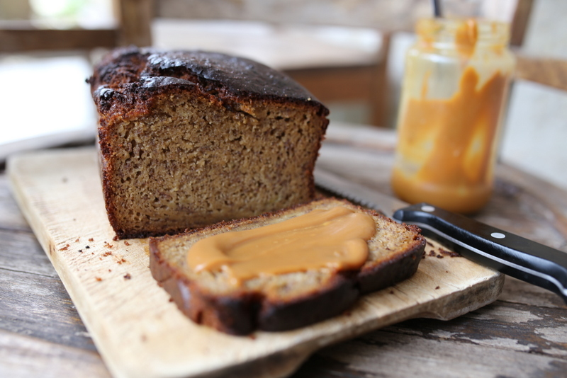 LOAF CAKE BANANA BREAD