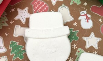 Must Make Easy Snowman Bath Bombs