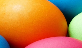 5 Tips For Naturally Dying Your Easter Eggs