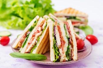 club-sandwich-breakfast-time