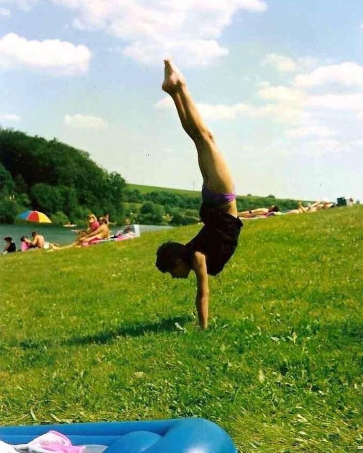 Breaking Arts Handstand Kid