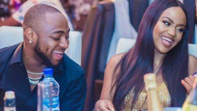 Photo of Davido Goes Into Isolation As Fiancee Tests Positive For COVID-19