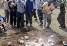 Photo of Somali Man Buried In A Hole Upto The Chest Then Stoned To Death For Sleeping With Someone's Wife