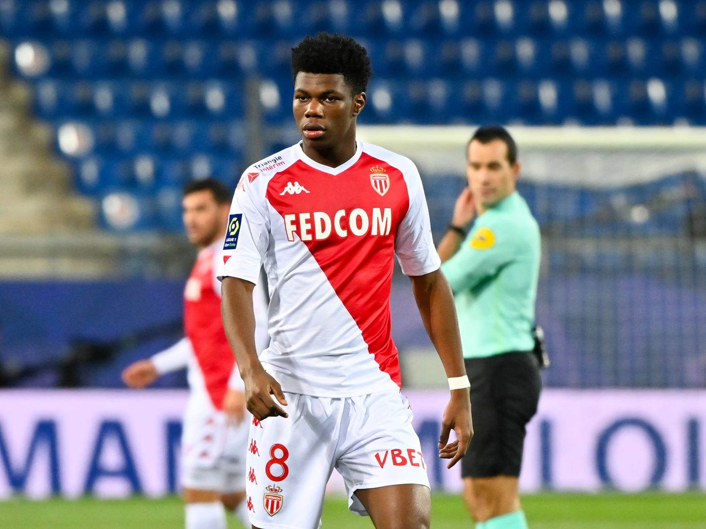 The problem is the competition around the player. Player Analysis: Aurélien Tchouaméni - Breaking The Lines