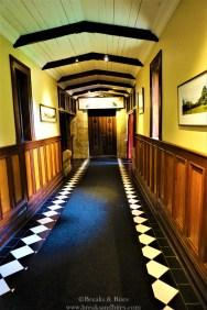 The foyer leading to Ballroom
