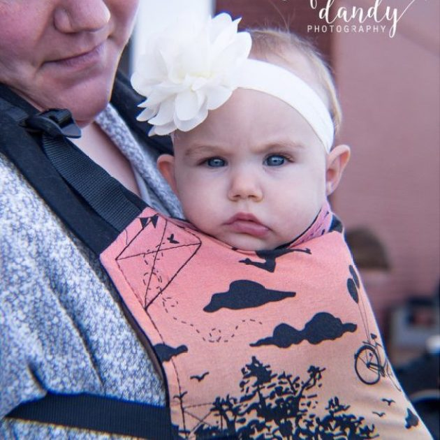 Hundreds of Women Gather in Unity to celebrate motherhood and breastfeeding with Breastfeeding World's Central Indiana 2017 Big Latch On